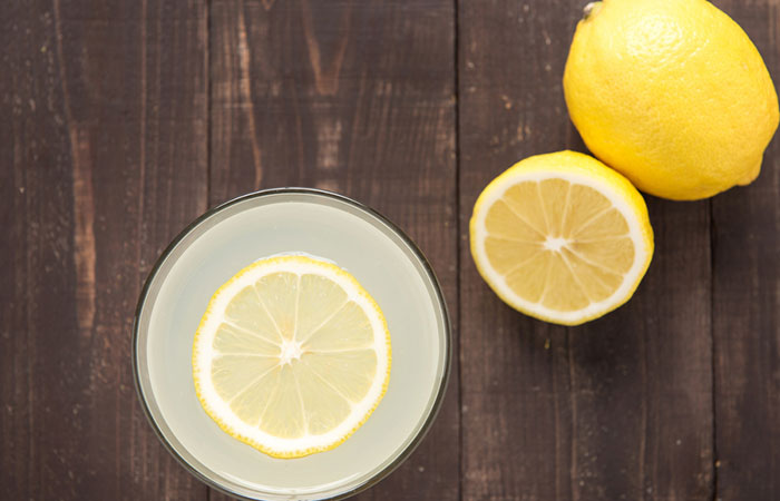 4.-Baking-Soda-And-Lemon-Juice-To-Remove-Hair-Color