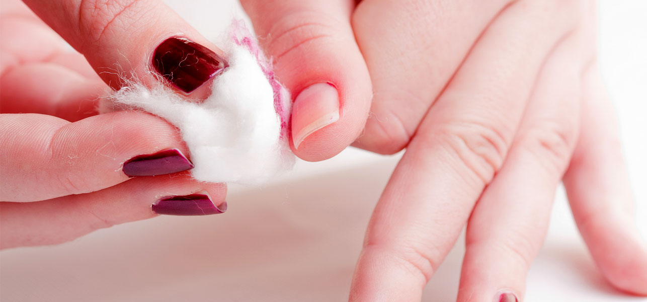 Brilliant DIY Ideas For Nail Polish Removers