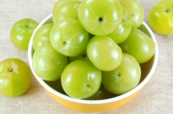 Foods That Increase Platelet Count - Indian Gooseberries
