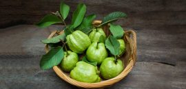 How-Are-Guava-Leaves-Beneficial-For-Your-Hair