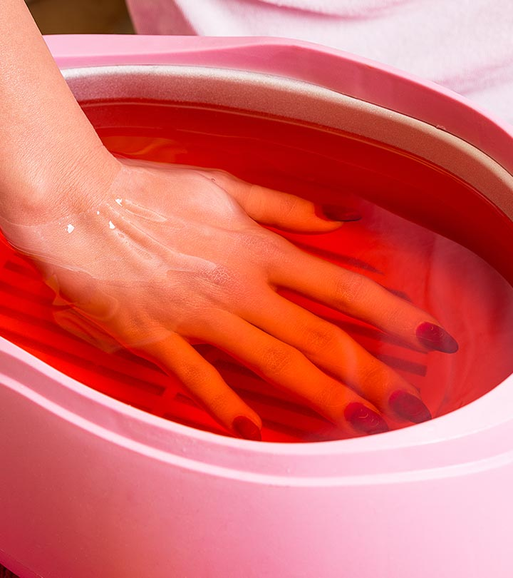How-To-Do-Paraffin-Wax-Manicure-At-Home