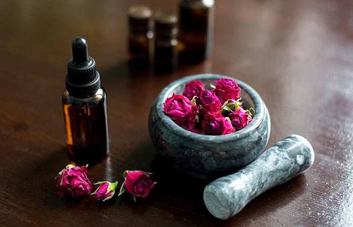 How To Use Glycerin And Rosewater For The Face