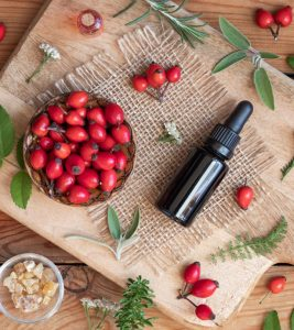 How To Use Rosehip Oil For Acne: Benefits And Side Effects
