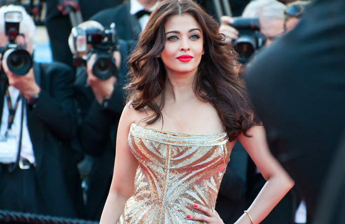 Makeup For Gold Dress - Look 2: Aish's Cannes Look