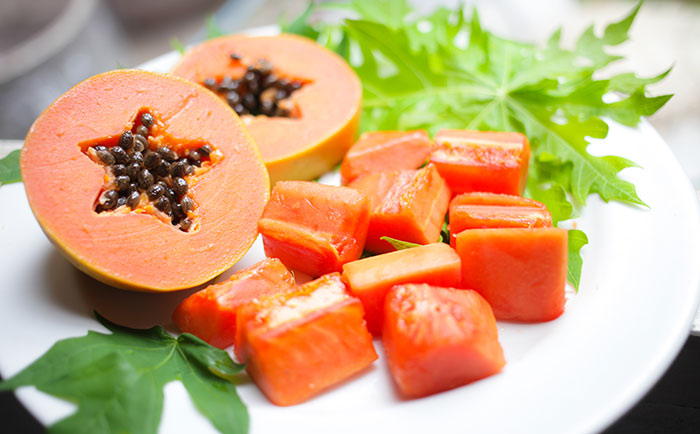Foods That Increase Platelet Count - Papaya And Papaya Leaf