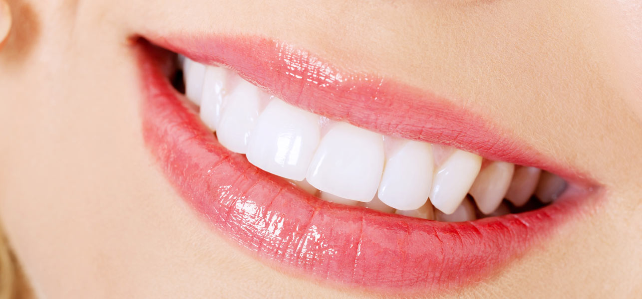 Whiten Teeth With Baking Soda