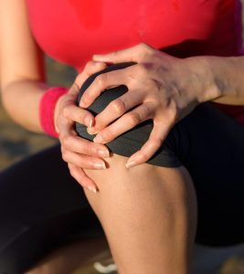 20 Effective Home Remedies For Knee Joint Pain