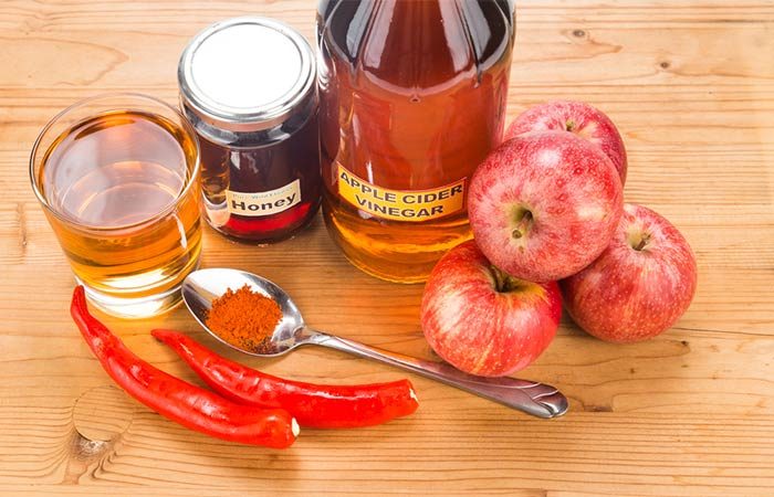 2. Apple Cider Vinegar And Cayenne Pepper
