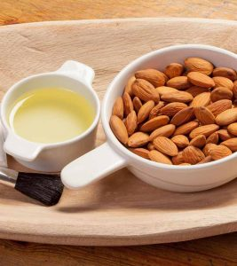 How To Use Almond Oil To Remove Makeup?