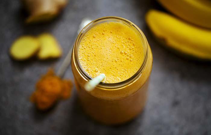 4. Turmeric With Lemon And Honey