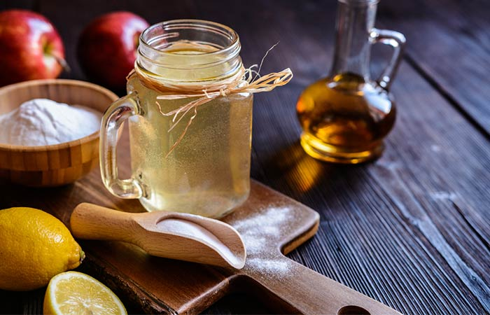 5. Apple Cider Vinegar And Baking Soda