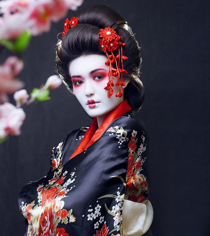 Easy-Makeup-Ideas-To-Create-That-Perfect-Geisha-Look