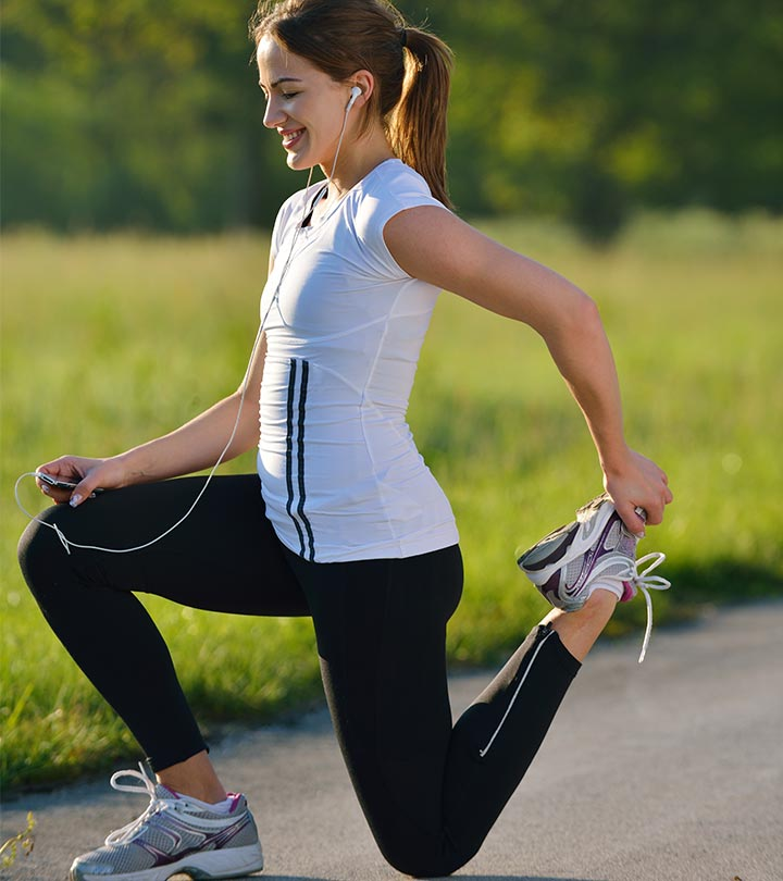 15 Effective Stretches For Runners To Do Before And After A Run