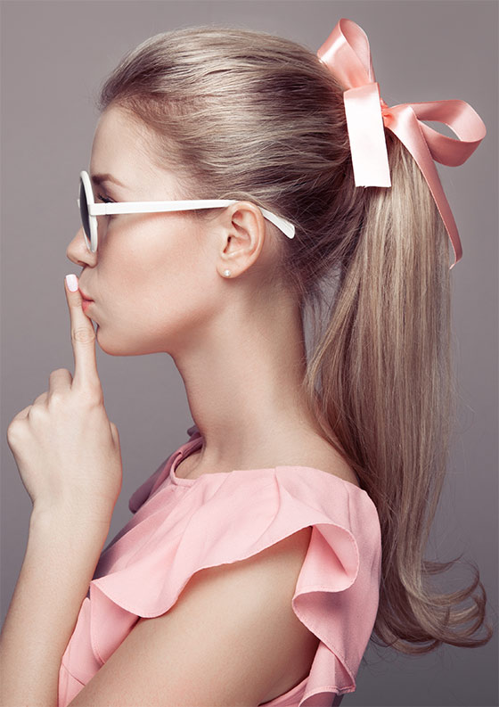 A-ponytail-lets-you-wear-your-old-ribbon-again-without-any-hesitation!