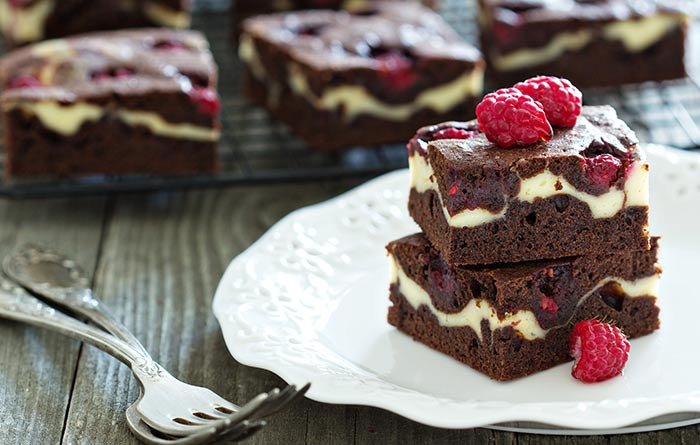 Raspberry-Choco Cheesecake Brownies