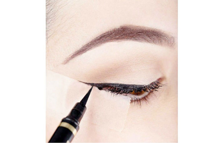 Use Liquid Liner Like A Pro