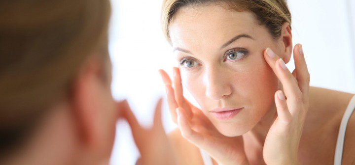 11-Ordinary-Things-You-Should-Never-Put-On-Your-Face