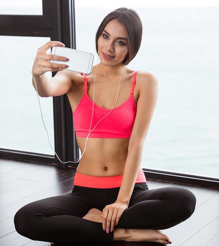 Do Yoga Selfies Help Or Hurt Your Yoga Practice?