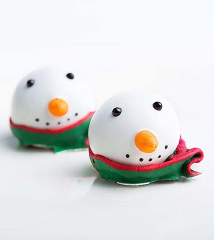Forget-The-Pie-And-Make-These-Yummy-Snowman-Oreo-Balls-This-Christmas