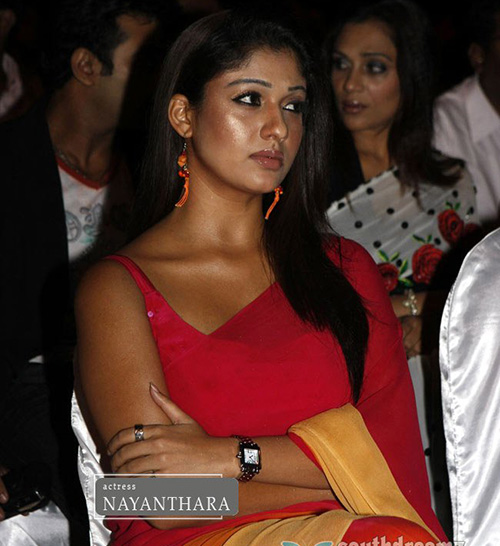 The Poised And Pretty Look of Nayanthara Without Makeup