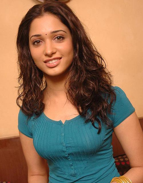 Tamanna Bhatia Looks Lika a Telugu Girl