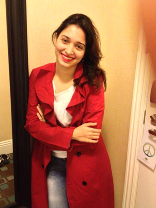 In Complete Red - Tamanna without Makeup