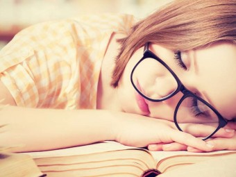 Is-Sleeping-During-The-Day-Good-Or-Bad-According-To-Ayurveda