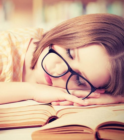 Is-Sleeping-During-The-Day-Good-Or-Bad-According-To-Ayurveda-ss