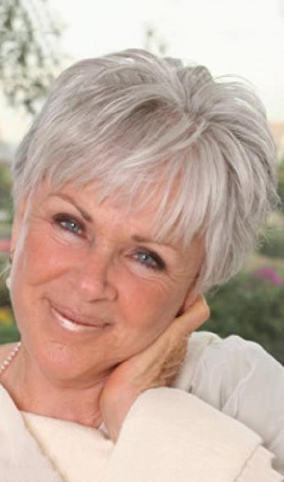 80 Short Hairstyles For Women Over 50 To Look Elegant