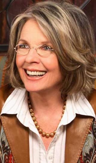 Прическа для женщины 50 лет на средние волосы