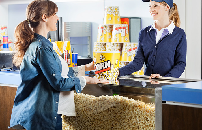 Ever-Wondered-Why-Popcorn-Is-The-Default-Movie-Theater-Snack2