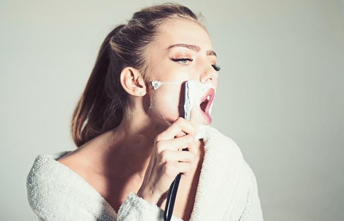 How To Shave Your Face The Right Way