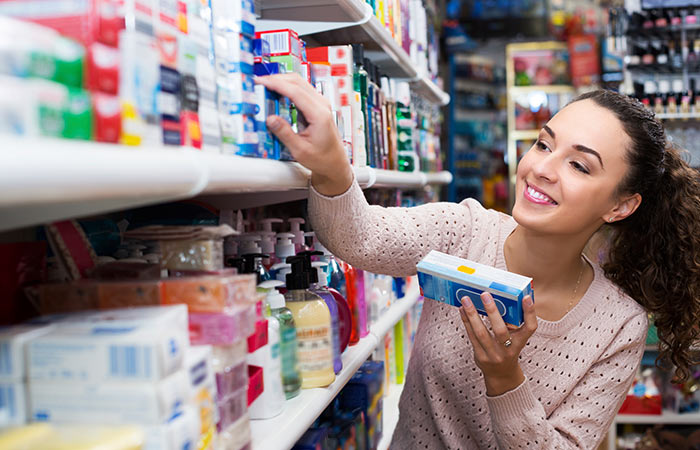 Always-Read-Labels-Before-Buying-Toothpaste-As-This-Ingredient-Can-Cause-Cancer2