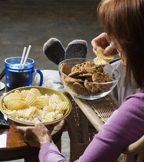 5-Key-Things-You-Must-Do-After-Eating-High-Cholesterol-Food-ss