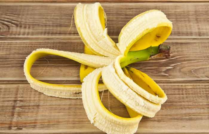 Can-You-Really-Use-Banana-Peels-To-Whiten-Your-Teeth1