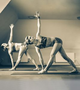Bikram Yoga Vs. Hot Yoga – Which One Is The Best For You