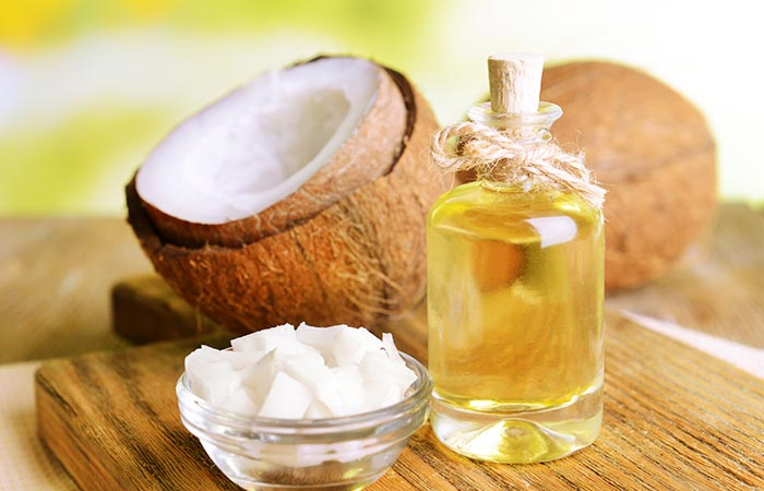 4. Tea Tree Oil And Coconut Oil For Hair Growth - HOE TEA TREE OIL TE GEBRUIKEN OM HAARGROEI TE BEVORDEREN