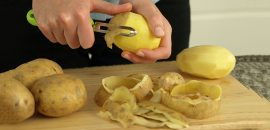 7-Reasons-Why-You-Should-Save-Those-Potato-Peels