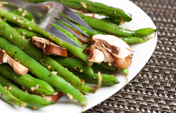 Boiled-French-Beans-With-Mushroom