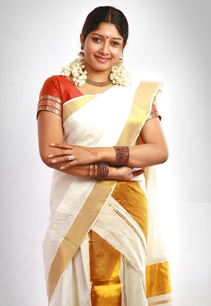 How To Wear Saree - Kerala Style Saree Draping