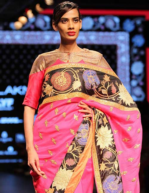 Potli Buttoned Scoop Neck Blouse In Pink And Gold For Party Wear Sarees