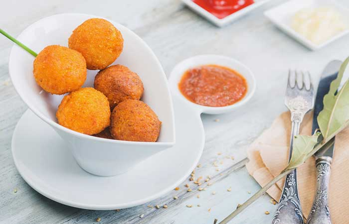 Sweet-Potato-Balls-With-Chutney