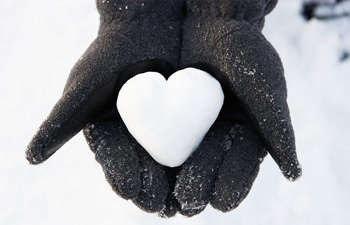 10.-Gloves