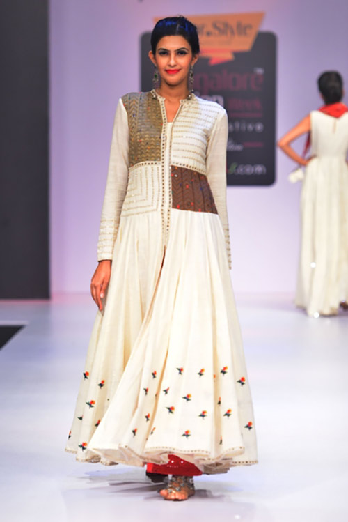 Kutch And Khadi Off White Anarkali Salwar