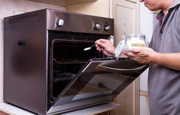 You-Can-Use-It-To-Clean-The-Microwave