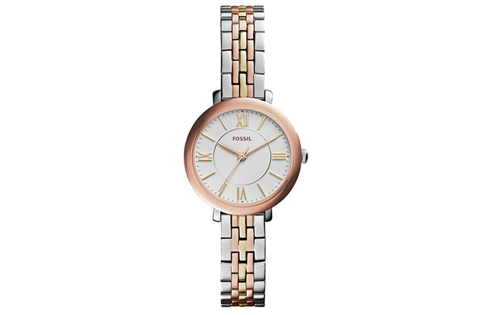 Best Fossil Watches For Indian Women - 9. Analog Watch With Silver Dial