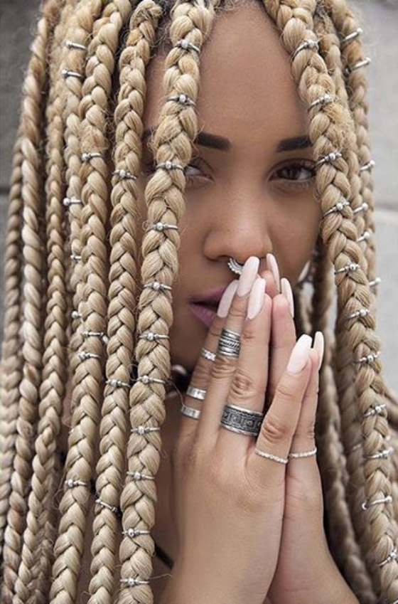 Blonde-Ring-Box-Braids