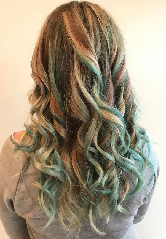 Neon-Mermaid-Balayage