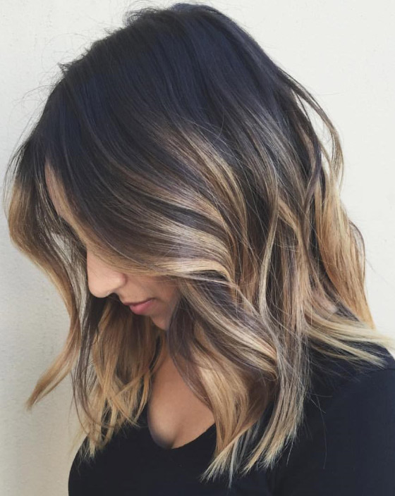Streaked-Blonde-Highlights