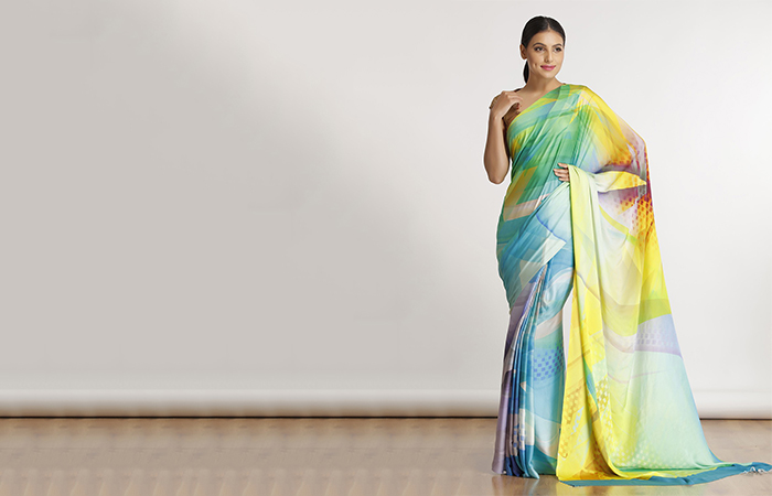 Best Georgette Sarees For Women In India - 7. Super Georgette Saree With Geometric Motifs